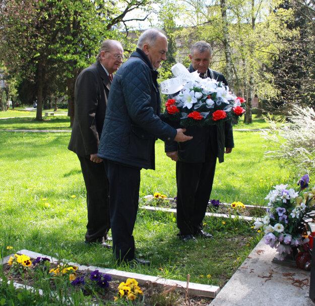 na 71. výročí oslobodenia mesta Červenou armádou nechýbal ani primátor Ján Hartel (vpredu).