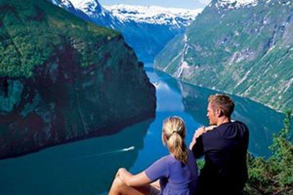Nórske fjordy sú považované za najkrajšiu oceánsku trasu planéty.