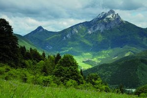 Nie náhodou sa Veľký Rozsutec v rôznych súťažiach o titul najkrajší vrch Slovenska umiestňuje na popredných miestach.