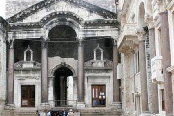 Priečelie Diokleciánovho paláca.