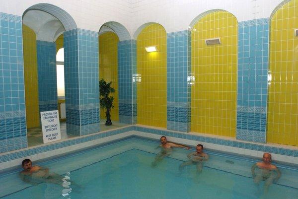 Takmer tridsať percent všetkých klientov tvoria V slovenských Kúpeľoch klienti zo zahraničia. Chodí k nám veľa Nemcov, klienti z Holandska, Rakúska, Poľska, Ukrajiny, Ruska a Bieloruska. Početná je aj klientela z Izraela