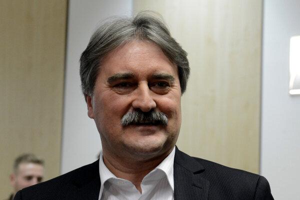 Gyula Bárdos, volebný líder MKS.