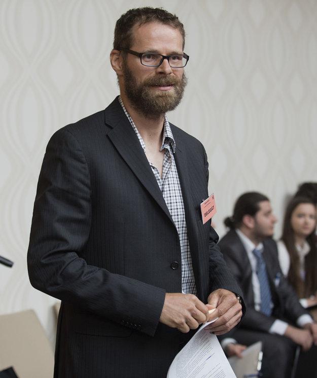 Michal Handzuš zastupuje na Rade SZĽH klub z Banskej Bystrice.