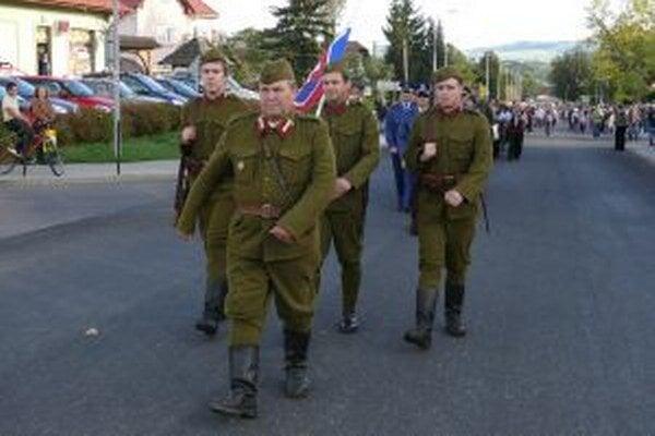 Partizánsku prehliadku si pod Poľanou pripomenuli už aj vprechádzajúcich rokoch.