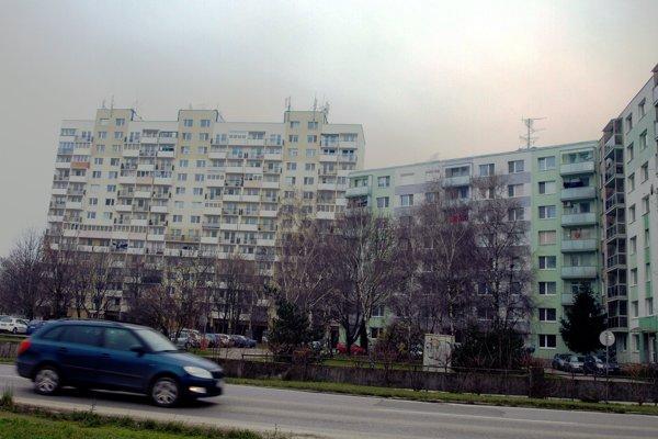 Na trhu chýbajú malé byty.