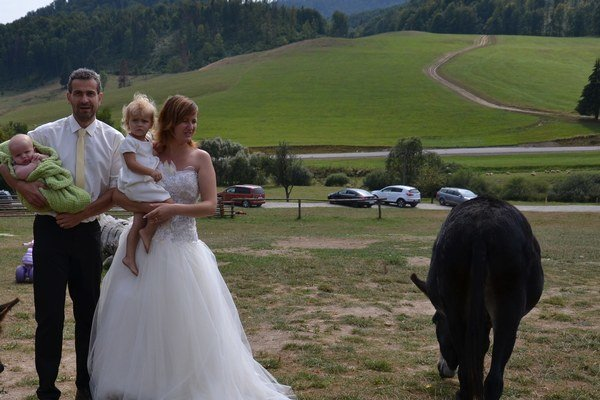 Václav a Markéta z Valašského Meziřičí spečatili manželský sľub v slovenských horách. Zbojskú si zamilovali.