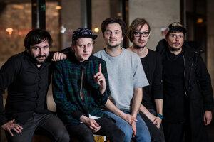 Billy Barman, to sú hudobníci Juraj Labaj, Matej Ruman, Juraj Podmanický, Jozef Vrábel aJakub Tvrdík.