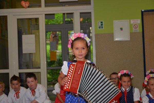 Sofia Králiková hrá na heligónke už od štyroch rokov.