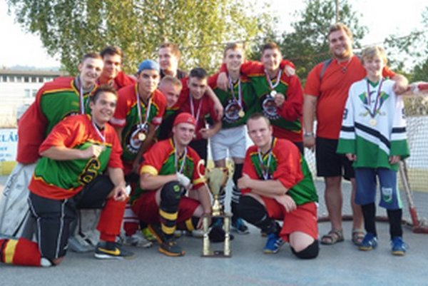 HBK Čadca, víťaz juniorskej KHL.