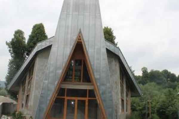 Prvé výkopové práce na novom kostole začali 17. júna 2013.