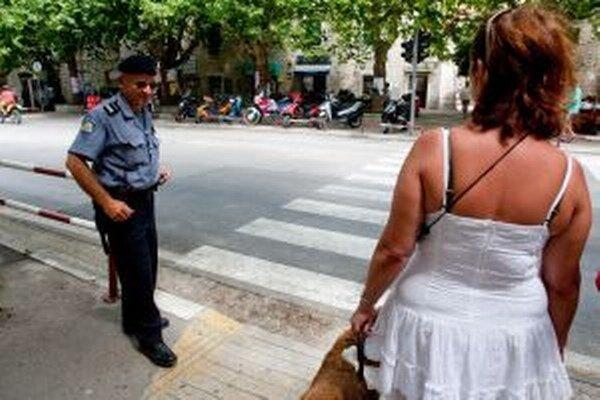 Chorvátska polícia spustila v roku 2006 projekt Bezpečná turistická sezóna.