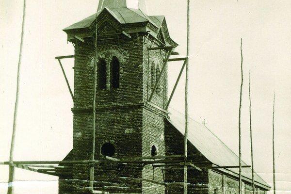 Kostol v Jesenskom oslavuje 75. výročie.