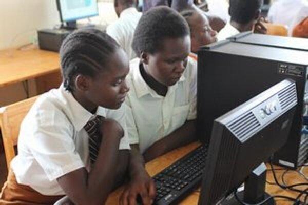 Štyri kenské školy budú spolupracovať s Obchodnou akadémiou v Leviciach.