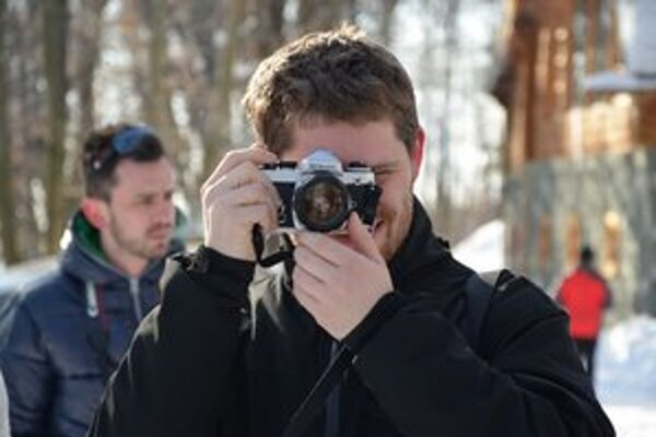 Amatérski fotografi sa na workshope zaoberali témou autoportrétu.