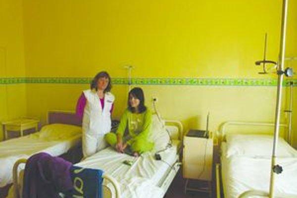 Detskí pacienti sa liečia vo farebných izbách.