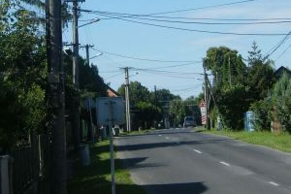 Niektorí starostovia nechcú ponoriť obce do tmy, iní sa rozhodli šetriť na energiách.