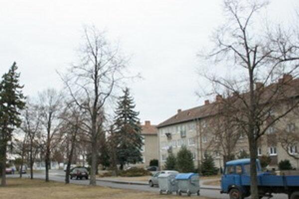 Mesto Malacky zrevitalizuje zanedbané verejné priestranstvo na uliciach Břeclavská a 1. mája.