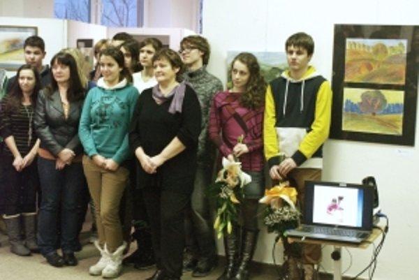 Časť účastníkov Plenéru 2012 v Bratkovici.