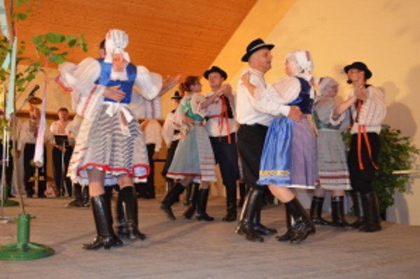 Veselé hody v Rovensku.