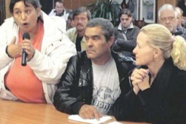 Na mestskom zastupiteľstvo v Malackách bolo živo.