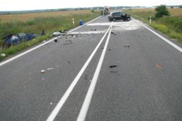 Dopravná nehoda si vyžiadala jednu obeť.