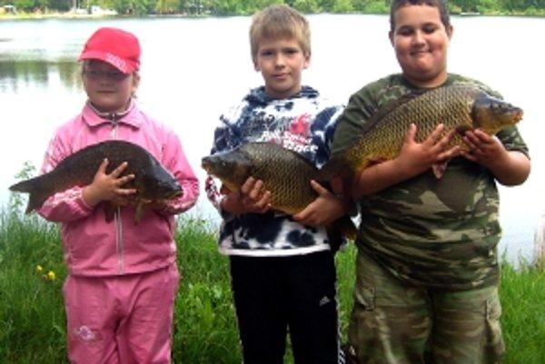 Mladí rybári zo Šaštína