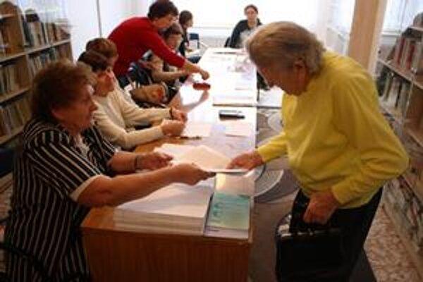 Záhoráckou raritou bola azda len vysoká účasť v senickom domove dôchodcov.