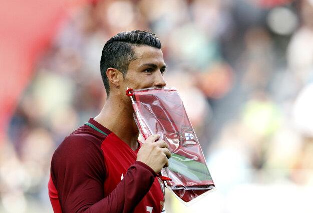 Cristiano Ronaldo je najväčšou portugalskou hviezdou.
