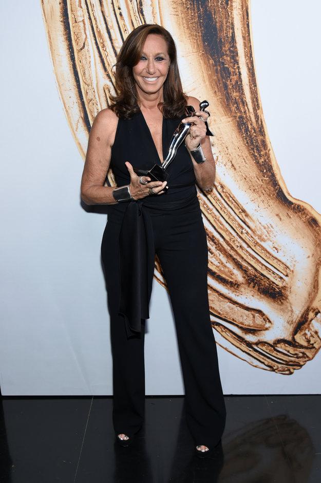 Donna získala tento rok Cenu zakladateľov CFDA, považovanú za módneho Oscara