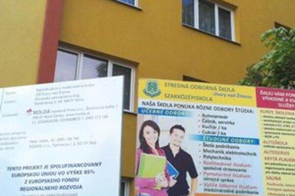 Školu nedávno zateplili z eurofondov.