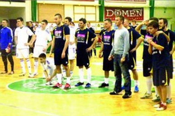 Pri penaltovom rozstrele hráči Zenitu a Winnersportu.