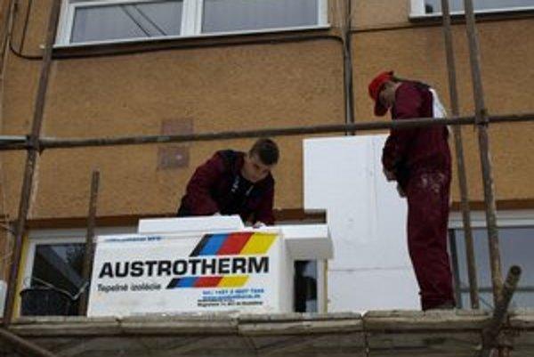 Budúci murári počas medzinárodnej súťaže.