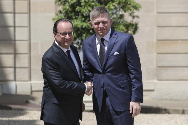 Francúzsky prezident Francois Hollande víta premiéra Roberta Fica.