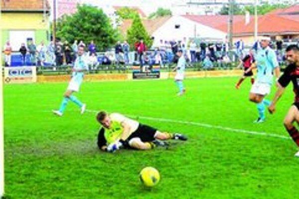 Nové Zámky - Nitra 0:2 (0:1). Ani kanonier Košút nedokázal prekonať výborného Hippa v bráne Nitry