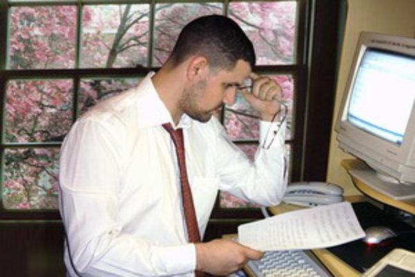 Prácu pre viacerých vnímajú niektorí zamestnávatelia ako prínos.