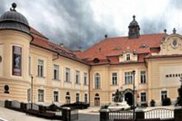 Podunajské múzeum v Komárne. V tomto roku si pripomíname 125. výročie jeho vzniku.