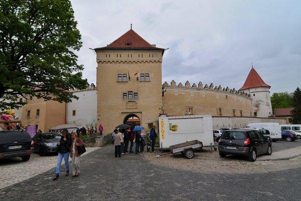 Kežmarský hrad čaká počas letnej sezóny aj dôkladná rekonštrukcia.