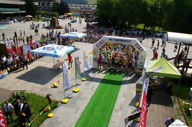 Tesne pred štartom 42. ročníka Kysuckého maratónu.