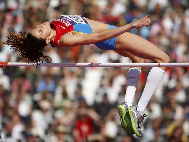 Výškarka Anna Čičerovová má problém.