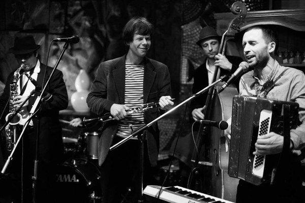 Pushkin Klezmer Band. Kapela z Kyjeva vystúpi v Kunsthalle.