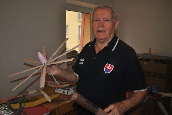 Vzácny vírnik. Pán Večeřa s ním neraz vyhral svetový pohár.