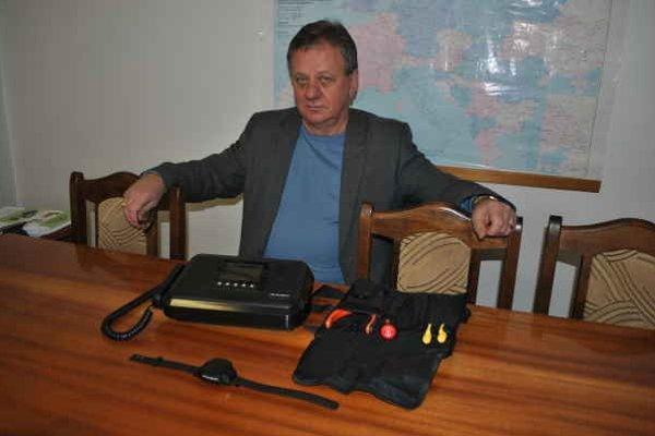 Miroslav Capulič. Set sa skladá z troch častí.