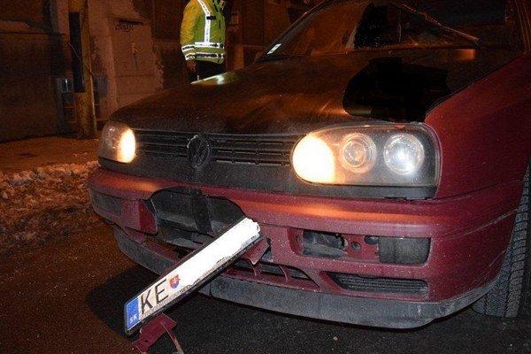 Opitý bol aj chodec, ktorého v sobotu v Košiciach zrazil vodič VW. Nehoda sa stala na Palackého ulici.