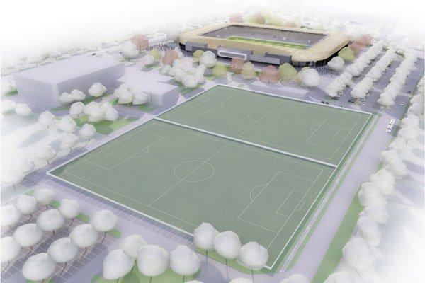 Tu vidno budúce umiestnenie. Vľavo Cassosport, vedľa tréningové ihriská, vzadu hlavné.