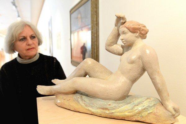 Na snímke dielo Ženský akt od Julie Horovej - Kováčikovej.