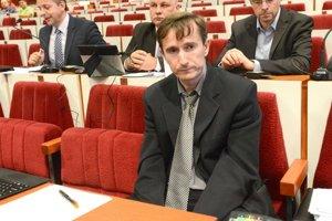 Oto Žarnay. Po mestskom získal aj parlamentné poslanecké kreslo.