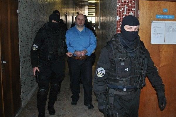 Branislav Adamčo na košickom súde. Čelí obvineniu z ďalších dvoch vrážd.