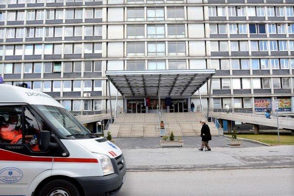 Urgentný príjem nemocnice. Tu prehrala Miška boj o život.