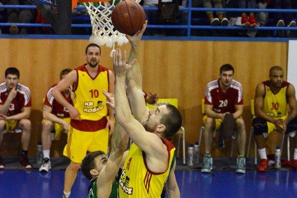 VAngels aréne vplay-off ešte neprehrali. Košickí basketbalisti sa dnes pokúsia vyrovnať stav semifinálovej série sPrievidzou.