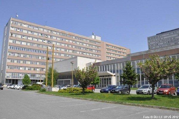 Lekárska fakulta UPJŠ získala vďaka dvom zamestnancom významné ocenenie.